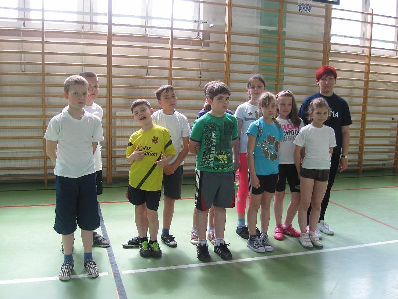 http://zswg.vot.pl/FOTKI5/sport3sp/slides/IMG_3813.JPG
